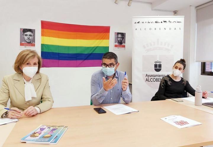Alcobendas crea un programa pionero destinado a dar visibilidad al colectivo LGTBi+