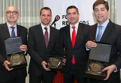 Imagen de los premiados. El primero por la izquierda es Andreu Agusti, Director de Recursos Humanos del Ayuntamiento de Alcobendas