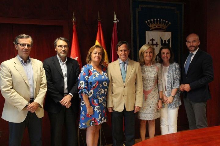 El Ayuntamiento renueva las subvenciones con tres Entidades de Conservación