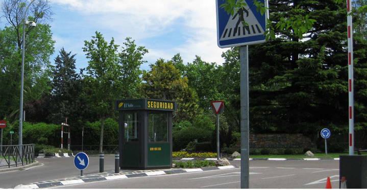 La Policía Local instala un semáforo provisional en La Plaza del Soto