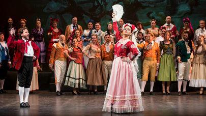 Gala de Danza y homenje a la Zarzuela en el Adolfo Marsillach